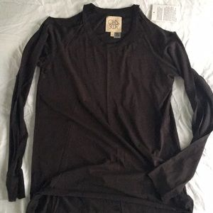 Chaser long sleeve top NWT